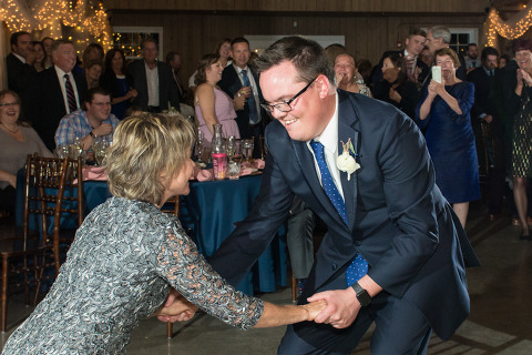 mother and son first dance at raccoon creek